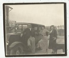 Nemours (77 - Seine Et Marne) La Pause Devant L'automobile Vers 1939 - Automobiles