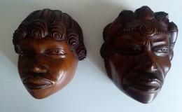 Art Africain - Têtes D'un Couple Africain En Bois - Hauteur : 14 Cm - Poids : 1 Kg 460 - En Parfait état - - Afrikaanse Kunst