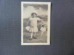 Fillette ( 102 )  Enfant  Kind  Meisje - Enfants