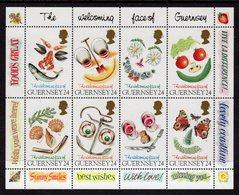GUERNSEY - 1995 GREETINGS SHEETLET SG MS671 FINE MNH ** - Guernsey