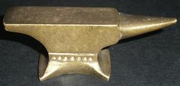 Rare Ancienne Petite Enclume En Bronze GRETNA GREEN, Horlogerie Horloger Anvil, Bijoutier-joaillerie - Tools