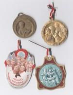Lot De 2 épinglettes Et 2 Médailles  Journée Des Familles Nombreuses - Unclassified