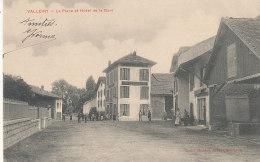 74 // VALLEIRY    La Place Et Hotel De La Gare  ** - France