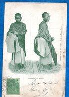 ASIE- CAMBODGE-  Bonzes   Ed   Claude Et Cie   -CPA - Cambodge