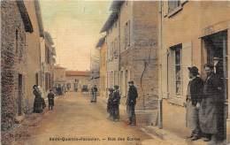 38 - ISERE / 382409 - Saint Quentin Fallavier - Rue Des écoles -  Beau Cliché Animé - Carte Toilée Et Colorisée - France