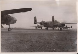 NORTH AMERICAN B25 MITCHELL  BELGIAM AIRFIELD  1945  24 * 17 CM  Bomber - Aviación