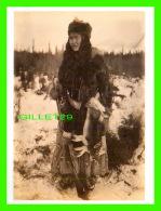 INDIENS - TANANAH INDIAN RETURNING FROM A HUNT, 1884 - ED SCHIEFFELIN COLLECTION -  DIMENSION 12 X16 Cm - - Indiens De L'Amerique Du Nord