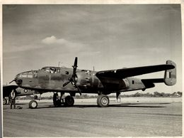 1943..  NORTH AMERICAN B25 MITCHELL  Passed  By Censor      22 * 17 CM  Bomber - Aviación