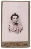 Photo Willemse, Embrun, Portrait De Junge Dame Avec Zeitgenöss. Frisur - Personnes Anonymes