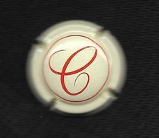 """CAPSULE De CHAMPAGNE MARTEL (OK Vérifiée )  / Cuvée ROMANCE  :   """" C """"  Rouge Sur Fond Crème - Martel GH"""