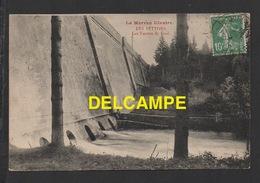DF / 58 NIÈVRES / MONTSAUCHE LES SETTONS / BARRAGE : LES VANNES DE FOND - Montsauche Les Settons