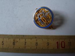 Insigne Décoration Broche Breloque Ancienne R S G Moyen Contour Bleu  Lettres Doré - Army & War