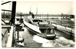 TOP 40  DUNKERQUE  LE   ST GERMAIN DANS LE SAS DE L ECLUSE WATTIER - Dunkerque