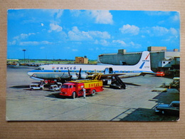 AIRPORT / FLUGHAFEN / AEROPORT    CHICAGO O HARE  DC 6 UNITED - Aerodromi