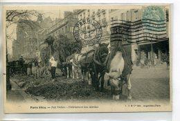 75 PARIS VECU   Aux Halles Enlevement Des Détritus Attelages Chevaux Ouvriers    1905  Timb   - LJ édit    /D11-2018 - Non Classés