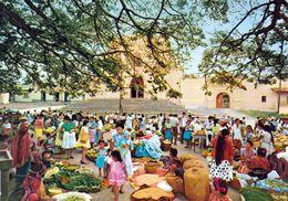 1 AK Guatemala * Marktgeschehen Vor Der Kirche In Der Stadt Palín - Krüger Karte * - Guatemala