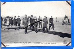 CPA 50 - Visite De S. M. LE TSAR à CHERBOURG - S. M. Le Tsar Entre Les Ministres De La Guerre Et De La Marine - Cherbourg
