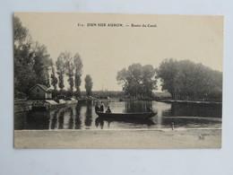 C.P.A. 18 DUN SUR AURON : Bassin Du Canal, Barque Avec Personnes - Dun-sur-Auron
