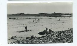 Postcard Guernsey . L'ancresse From Pembroke   Unused - Guernsey