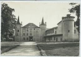 Le Breuil-sur-Couze-Château De Saint-Quentin ( Légère Pliure Haut Gauche Et Vers Le Centre) (CPSM) - Other Municipalities