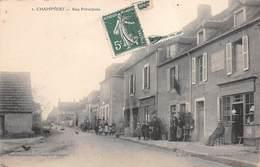 58 - Champvert - Rue Principale Magnifiquement Animée - Autres Communes