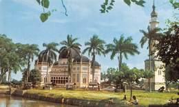 "07324 ""PICTURESQUE MOSQUE OF MEADAN, WITH PEACEFUL ENVIRONS (SUMATRA UTARA) - INDONESIA"" CART. ORIG. NON SPED. - Indonesia"