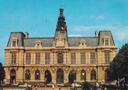 POITIERS L'HOTEL DE VILLE VEHICULES EN STATIONNEMENT (dil180) - Poitiers