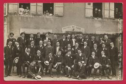 Carte Photo Solutré - Café Desroches - Sortie De La Classe 1906 De Mâcon - France
