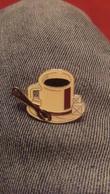 Tasse De Cafe Et Morceaux De Sucre   Sucre - Sonstige