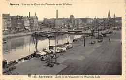 CPA - Anvers, Antwerpen - Vue Dur Les Quais Des Flamands Et Des Wallons - Antwerpen