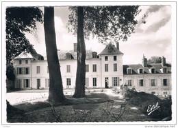 GOUSSONVILLE . 78 . La Clinique Coté Parc . - France
