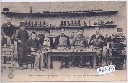 DIJON- ATELIER DE CORDONNERIE - Dijon