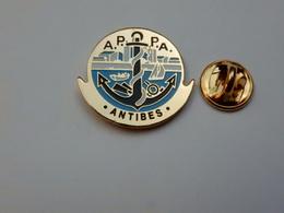 Beau Pin's , Marine Bateau , APPA , Association Des Pêcheurs Plaisanciers D'Antibes , Pêche , Ancre De Marine - Barcos