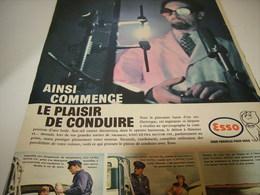 ANCIENNE PUBLICITE LE PLAISIR DE CONDUIRE CARBURANT ESSO 1959 - Advertising