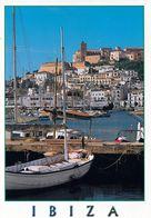 1 AK Ibiza * Blick über Den Hafen Zur Altstadt Von Ibiza - Seit 1999 Ist Die Altstadt UNESCO Weltkulturerbe * - Ibiza