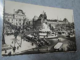 Paris. Place De La Republique. UAT Postmarked 1947. - Places, Squares
