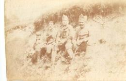 PHOTO ORIGINALE  SOLDATS EN CAMPAGNE  GUERRE DE 14/18  FORMAT  6.50 X 4 CM - Guerre, Militaire