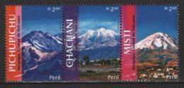 Peru (2006) Yv. 1518/20  /   Montagnes - Mountains - Montañas - Other