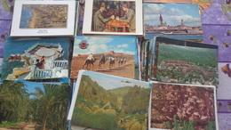Environ 2000 CPM étrangère Dont Nombreuses Avec Timbres De Collection - Cartes Postales