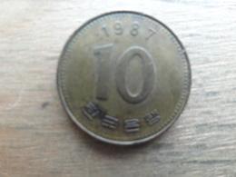 Koree Du Sud  10 Won  1987  Km 33 - Corée Du Sud