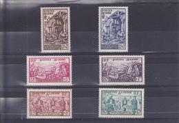 Algérie N° 319 Au 324 Timbres Neufs ** - Argelia (1924-1962)