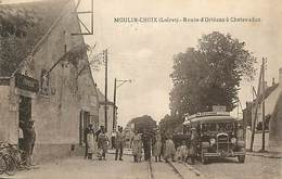 D-18-264 : MOULIN-CHOIX. L'AUTOBUS. AUTOCAR. CAR. - France