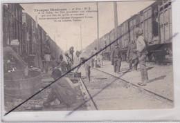 Troupes Hindoues - A La Halte ,les Skis Procédent Aux Ablutions Qui On Lieu Ou Qu'ils Se Trouvent - War 1914-18