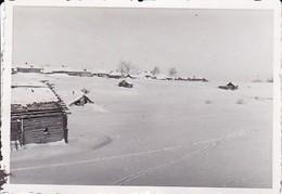 Foto Holzhäuser Im Schnee - Winter Russland - Ca. 1940 - 8*5,5cm (34457) - Orte