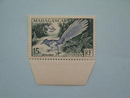 Oiseaux Birds 1954 Madagascar Yv 324 Scott Xx Michel 425  SG 324 - Oiseaux