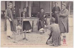 Asie - Tonkin - Tribunal Indigène - Les Prisonniers à Genoux Devant Le Juge - Vietnam