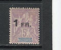 MADAGASCAR - Y&T N° 123** - Type Groupe Surchargé - Ungebraucht