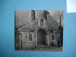 PHOTOGRAPHIE  LE MESNIL SAINT DENIS  - 78 -  Eglise Ou Chapelle ?   -   1961  -   7,5  X  9 Cms -  Yvelines - Le Mesnil Saint Denis