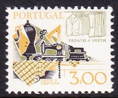 Portugal SG 1687 1978 Work Tools, 3e Garment Making, Mint Never Hinged - Unused Stamps