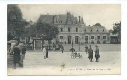 35/ ILLE Et VILAINE...VITRE. Place De La Gare - Vitre